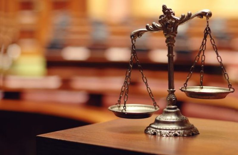 thinkstockphotos-scales-of-justice-1-560x367