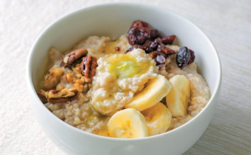cannabis-infused-oatmeal-breakfast-560x347