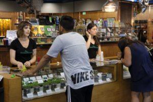 marijuana-los-angeles-1-560x374