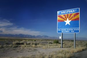 Entering_Arizona_on_I-10_Westbound-560x372