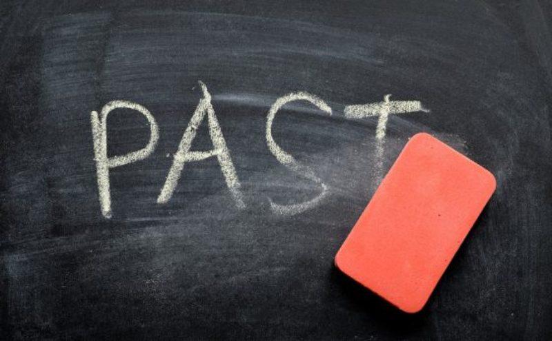 erase-past-560x347