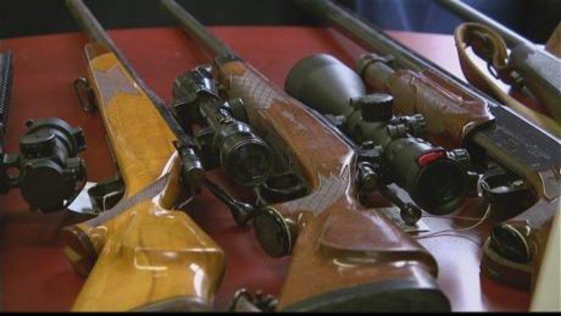 guns-and-drugs-in-brandon-raid