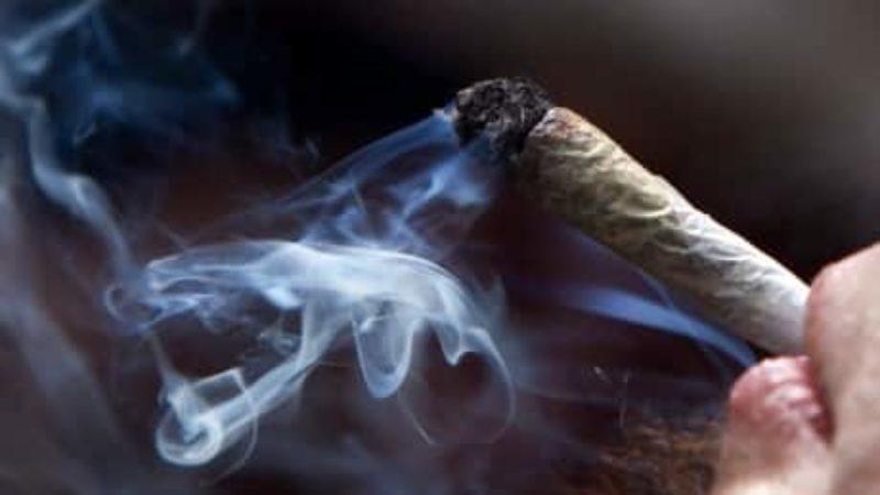 cannabis-legalization-20171121-1