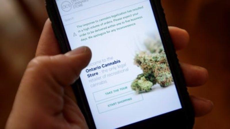 cannabis-legal-20181018-1