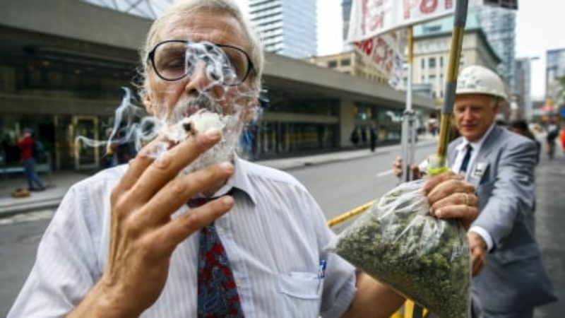 medical-marijuana-activist-smokes-a-marijuana-cigarette